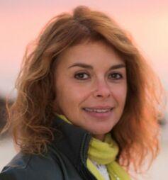 Ana Custodio, Professora e Formadora de Professores de Yoga